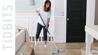 How I clean my laminate flooring without the use of any chemicals: Norwex Mop System