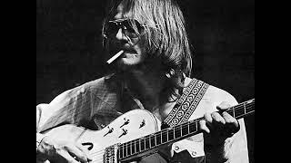 음악과 인간(감성이 아주 예민한 사람은 거친세상을 견디기위해 마약을 하지않으면 자신의 가슴을 진정시킬수 없다 . . . Danny Whitten은 그중의 한사람 R.I.P.)