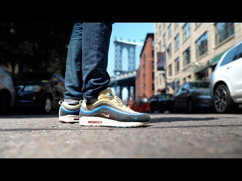 The BEST SNEAKER STORES And RESTAURANTS In NYC!