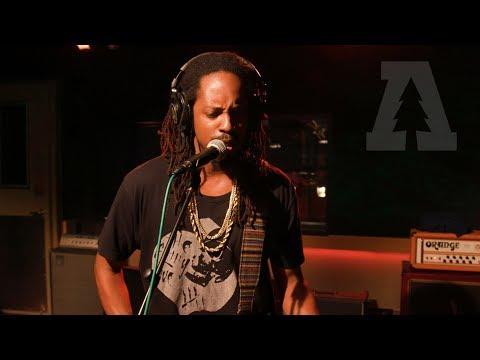 Black Joe Lewis & The Honeybears - She Came Onto Me | Audiotree live
