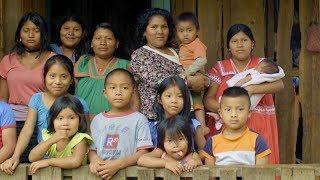Una campaña de registro saca a las familias indígenas de las sombras