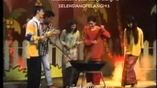Shamsul Ghau Ghau & Zakiah Anas - Joget Senandung Hari Raya