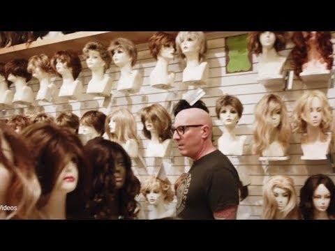 A Perfect Circle's Billy Howerdel and Maynard James Keenan go wig shopping..!