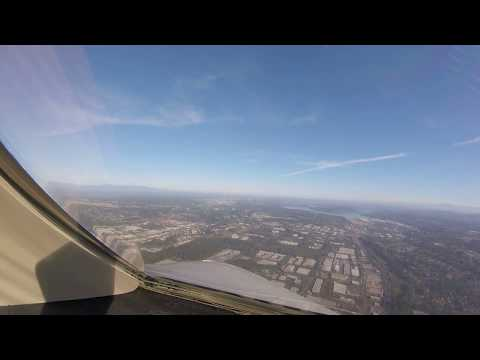 Cockpit View - Landing at Boeing Field  (BFI)