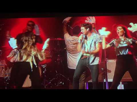 Maren Morris SURPRISES Niall Horan on last show of the Tour during 'Slow Hands' performance!!
