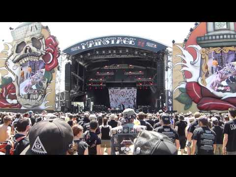 Motionless In White - America (live at Hellfest 2015)