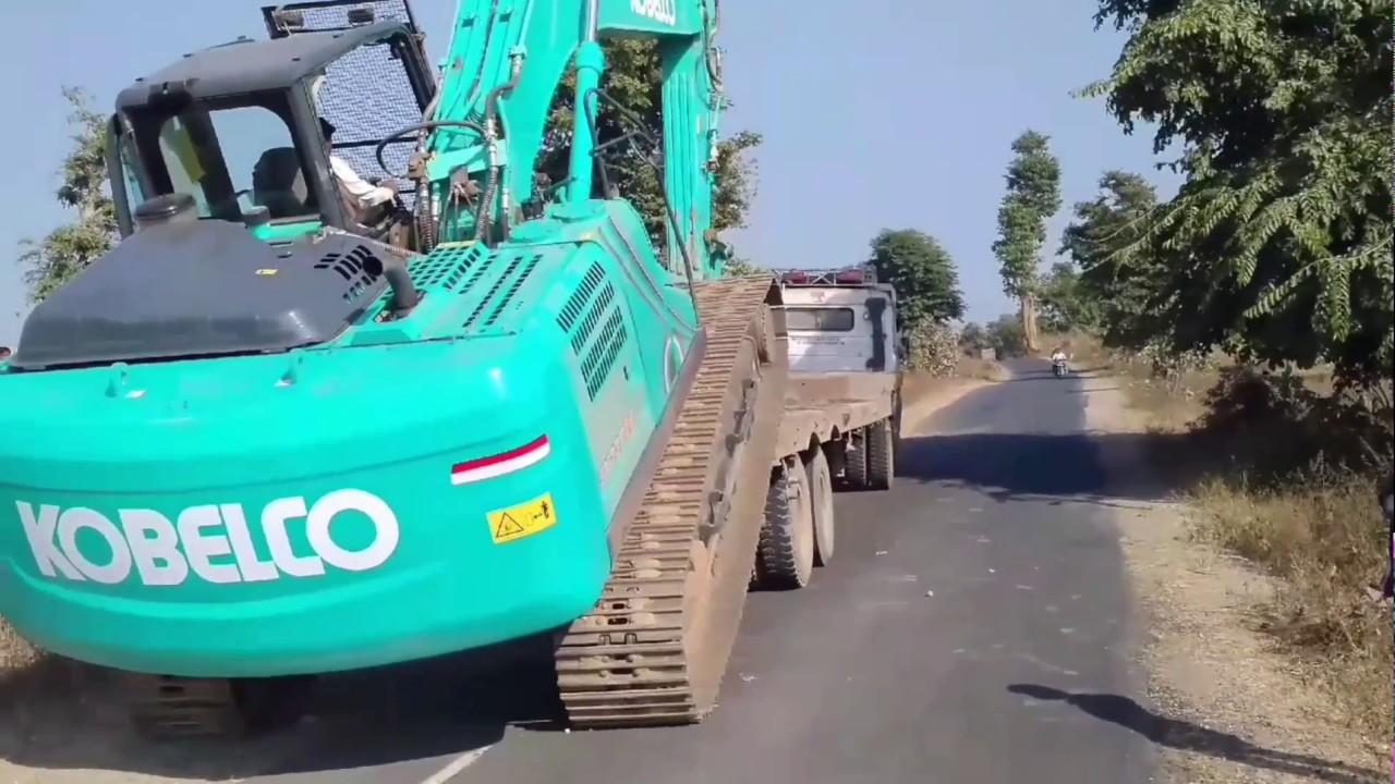 Kobelco sk220 HD Excavator Unloading
