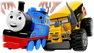LEGO Juniors 10744 Thunder Hollow Crazy 8 Race, Cars 3 School Bus Miss Fritter Review with Thomas