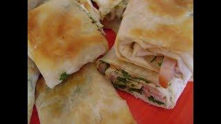 Лаваш с начинкой из сливочного сыра, с ветчиной и зеленью жареный на сковороде