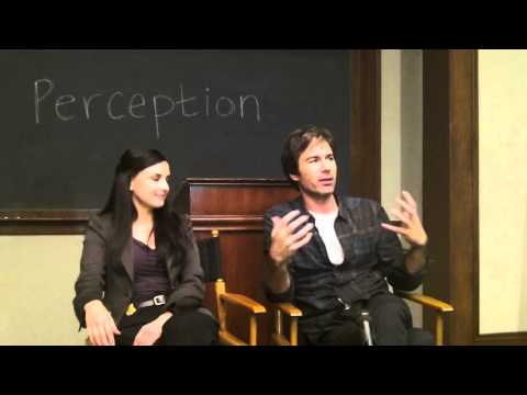 PERCEPTION: Eric McCormack and Rachael Leigh Cook Preview Their New TNT Series
