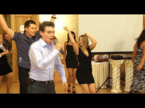 'Угадай мелодию' на свадьбе Артёма и Елены