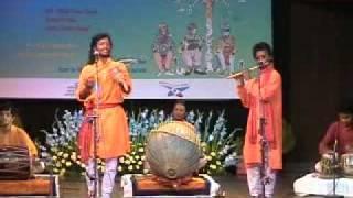 Naren Hansda Singing at India Habitat Center, Delhi.mpg