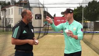 Learn the art of spin bowling - A Kia Masterclass with Gareth Batty