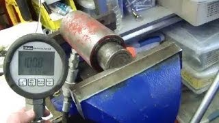 What's the clamping force of a vise? Hack a hydraulic cylinder to find out!