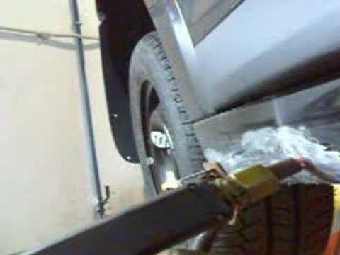 Reparación de golpe en estribo con arandelas - YouTube