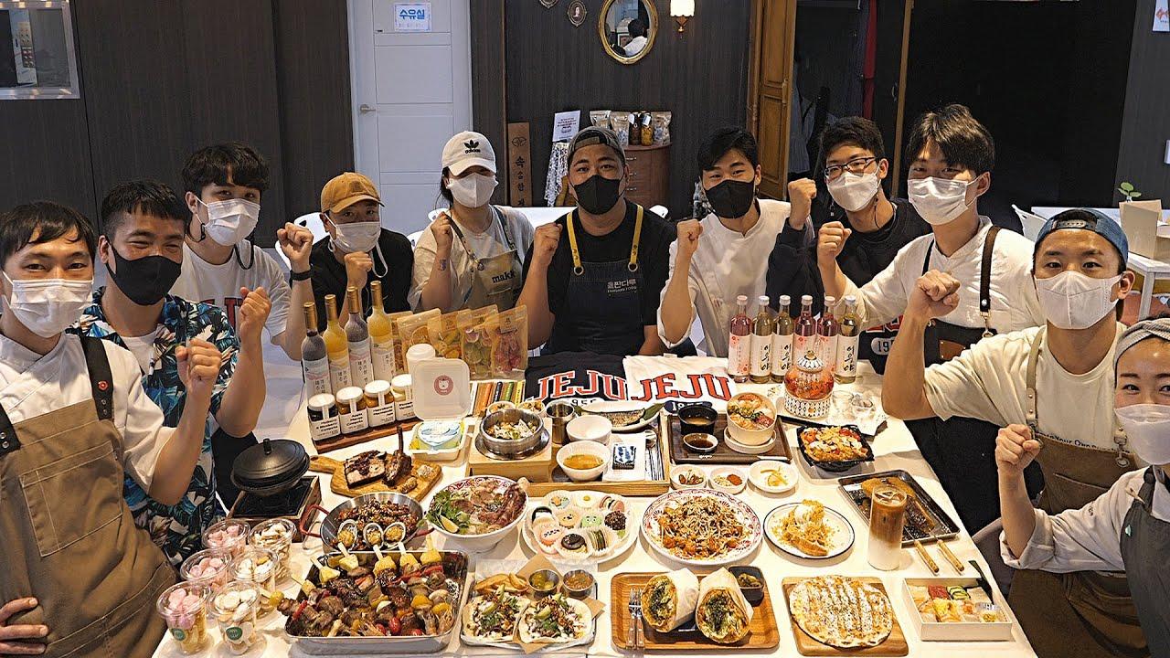 청년들이 뭉쳤다! 한편으로 보는 14가지 다양한 음식 - 제주도 동문공설시장 청년몰 /Various food made by young Korean bosses