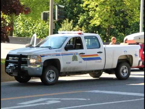 Radio Audio - Male Gets on Police Radio and Leads RCMP on a Chase in Chilliwack BC