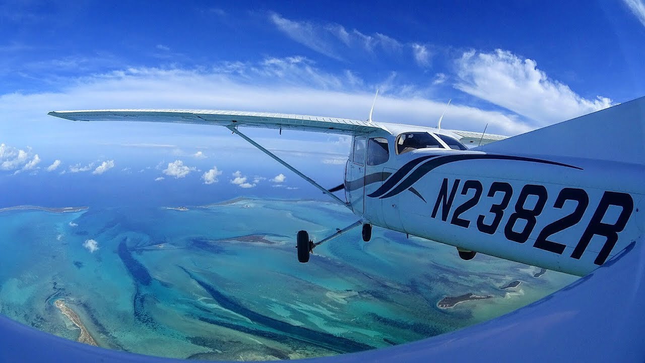 Video: flying to the Bahamas in a Cessna 172 - Student Pilot
