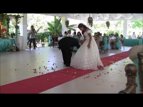 LOVELYMAE AND DEWAYNE AMAZING DANCE MOVES IN THEIR FIRST DANCE EXPAT PHILIPPINES