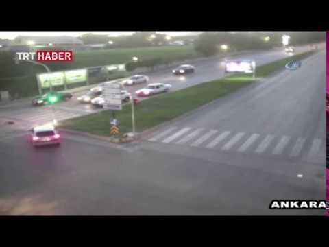 Ankara'da MOBESE'ye yansıyan kaza görüntüleri