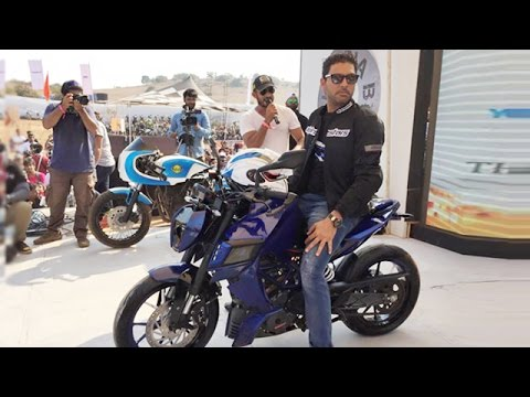 Yuvraj Singh Unveiled YouWeCan KTM X 12 Of Autologue Design At India Bike Week 2015 ID