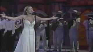 Thalia - Amor Eterno (Live Siempre En Domingo)