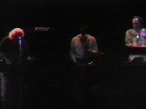 Grateful Dead 12-31-90 Oakland Coliseum Oakland CA