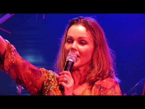 Belinda Carlisle  – Summer Rain (live in Adelaide, 20 Feb 2019)