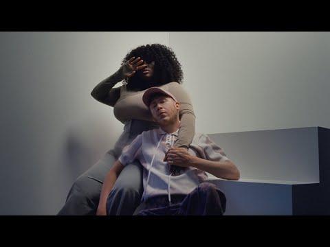 Eddy de Pretto feat Yseult - Pause x Kiss (clip officiel)