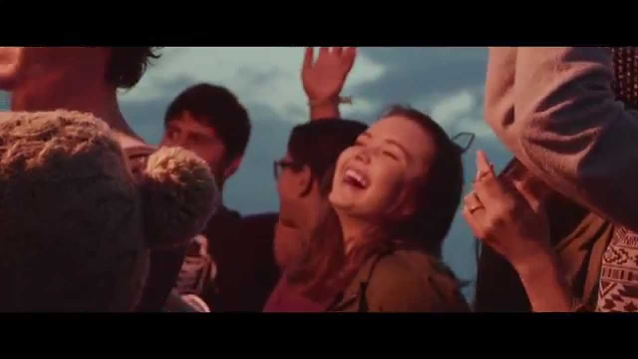 The Stand (Promo) - Hillsong Young & Free