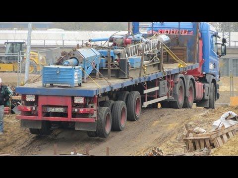 Schwertransporter Bleibt An Baugrubenabfahrt Stecken - Soeren66
