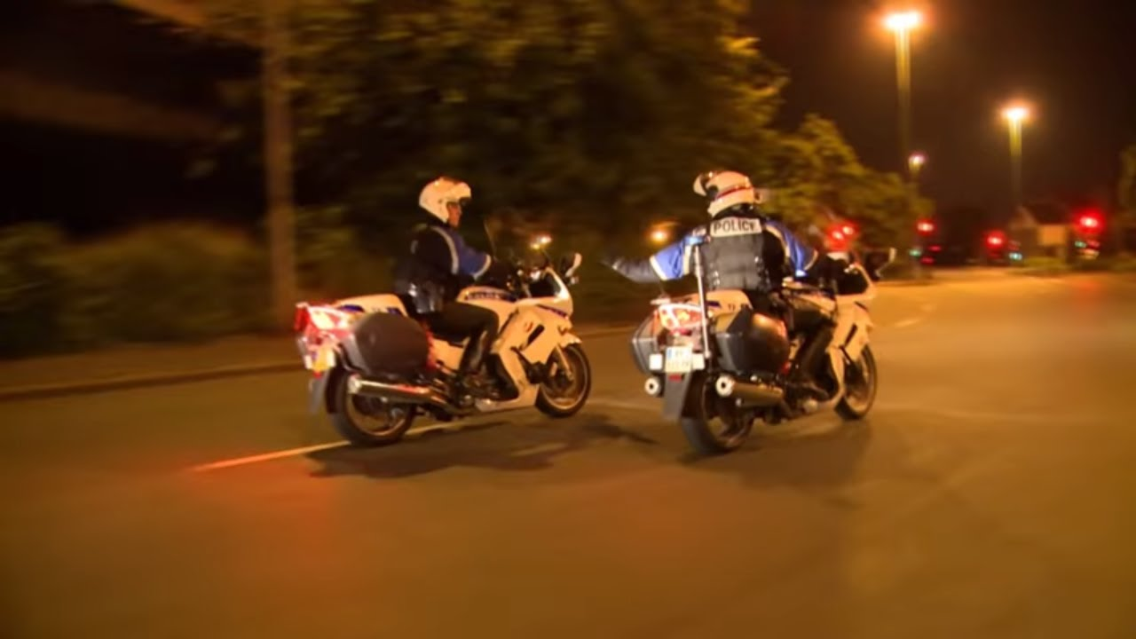 LES MOTARDS DU 93 - Reportage complet - FULL HD