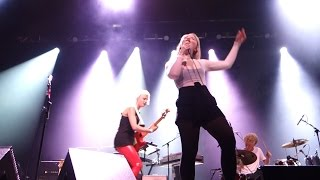 Dream Wife - Let's Make Out – Live in Oakland