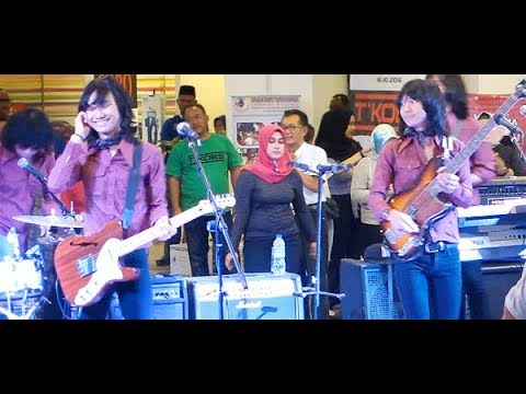 Tak Mungkin (D'Lloyd) ★ Goyang Asyik Bareng T-Koes Band @ Plaza Blok M (23/10)