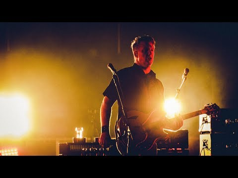 Queens of the Stone Age – Domesticated Animals (live at Studio Brussel)
