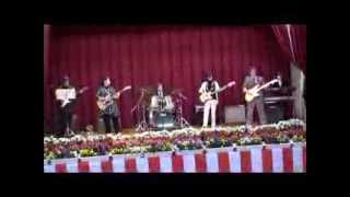 KCNアマちゃんバンドの演奏です。 沖縄県でベンチャーズの曲などを中心...