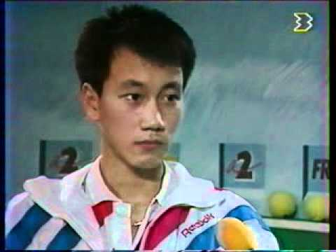 Michael Chang vs McEnroe - Paris 1989 - 10/10