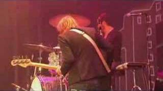 The Killers - Somebody Told Me (Live Glastonbury 2005)