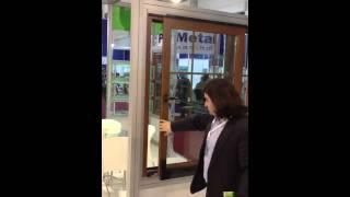 ПВХ окно. Наклонно-сдвижной тип открывания створки.(На видео представлена система оконной фурнитуры производства TSS (Akpen Plastik), 2013-04-02T08:31:06.000Z)