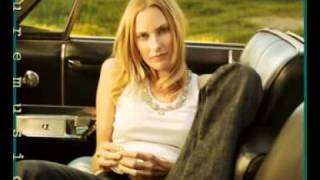 Watch Aimee Mann Satellite video