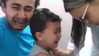 А папа тоже плачет, когда сыну больно...