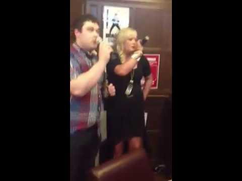 Josh & Chelsea Sing epic Karaoke