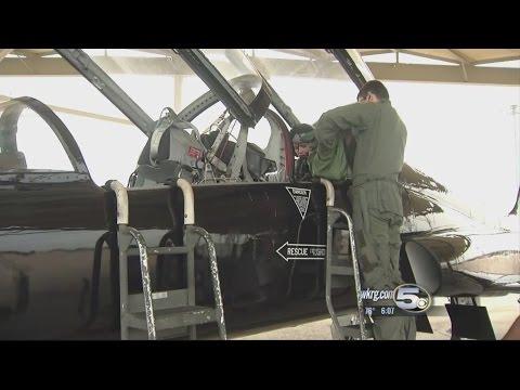 WATCH: News 5's Hayley Minogue Flys in U.S Air Force T-38 Talon