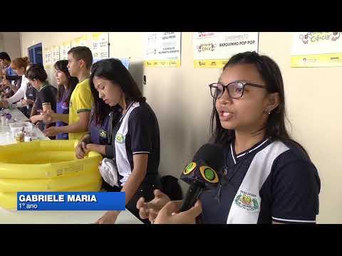 Estudantes põem aulas de ciência em prática em projeto
