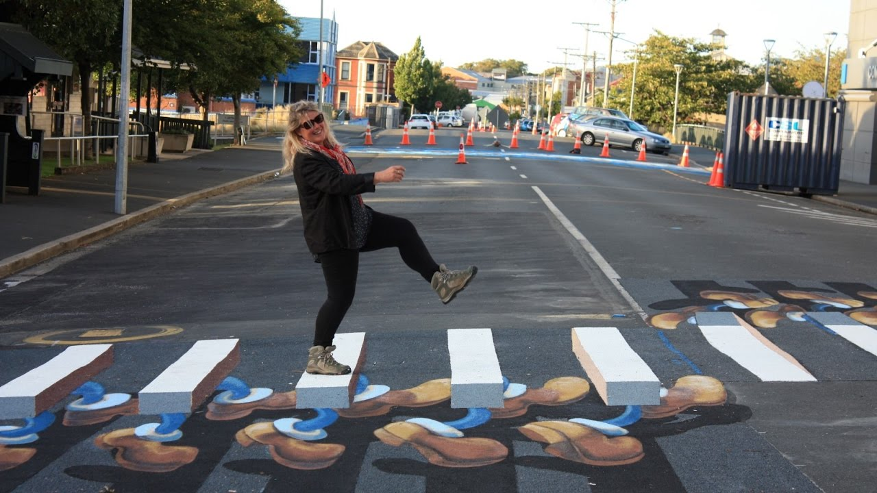 3D Pedestrian Crossings, Dunedin - YouTube