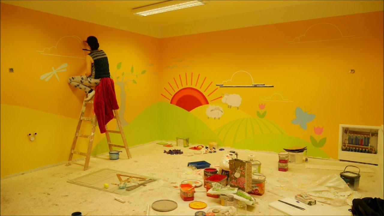 Wall decor therapeutic kindergarten in warsaw poland for Classroom wall mural ideas