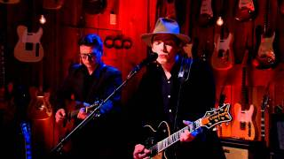 """Jakob Dylan """"Nothing but the Whole Wide World"""" on Guitar Center Sessions"""