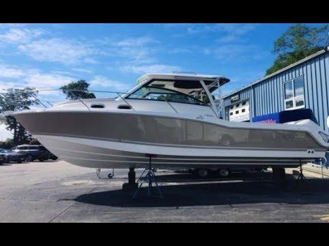 2019 Boston Whaler 315 Conquest Boat For Sale At MarineMax Boston, MA
