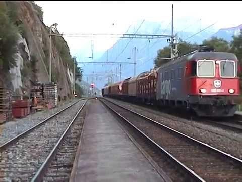 086 Bahnhoff Ausserberg Station Summer 2003 CLASSIC BLS SOUTH RAMP - Unique collection Swiss trains