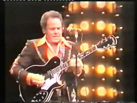 Johnny Cash & Roy Clark - Orange Blossom Special.